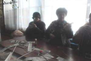 Мастер – класс «Плетение узоров из газетных трубочек»